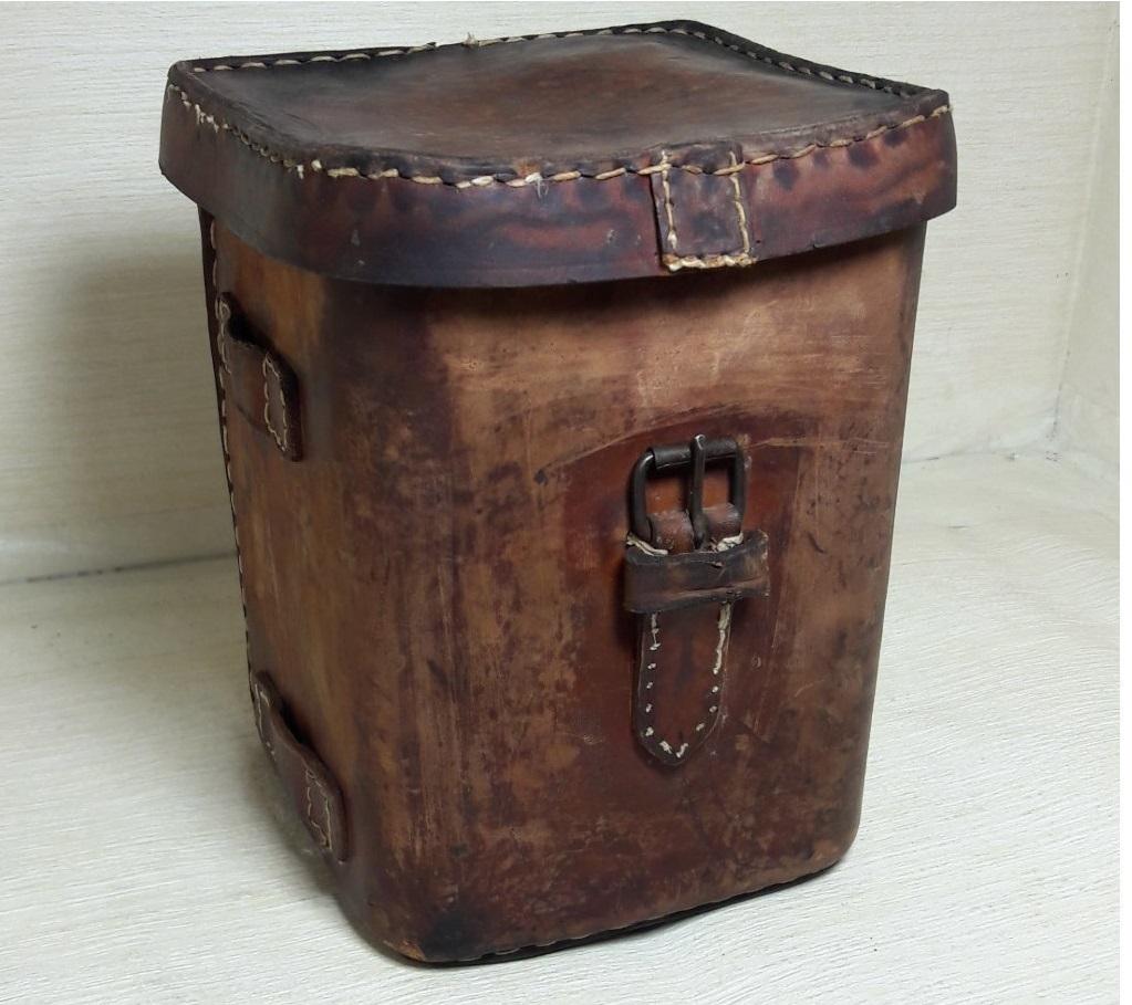 کیف چرمی نظامی قدیمی
