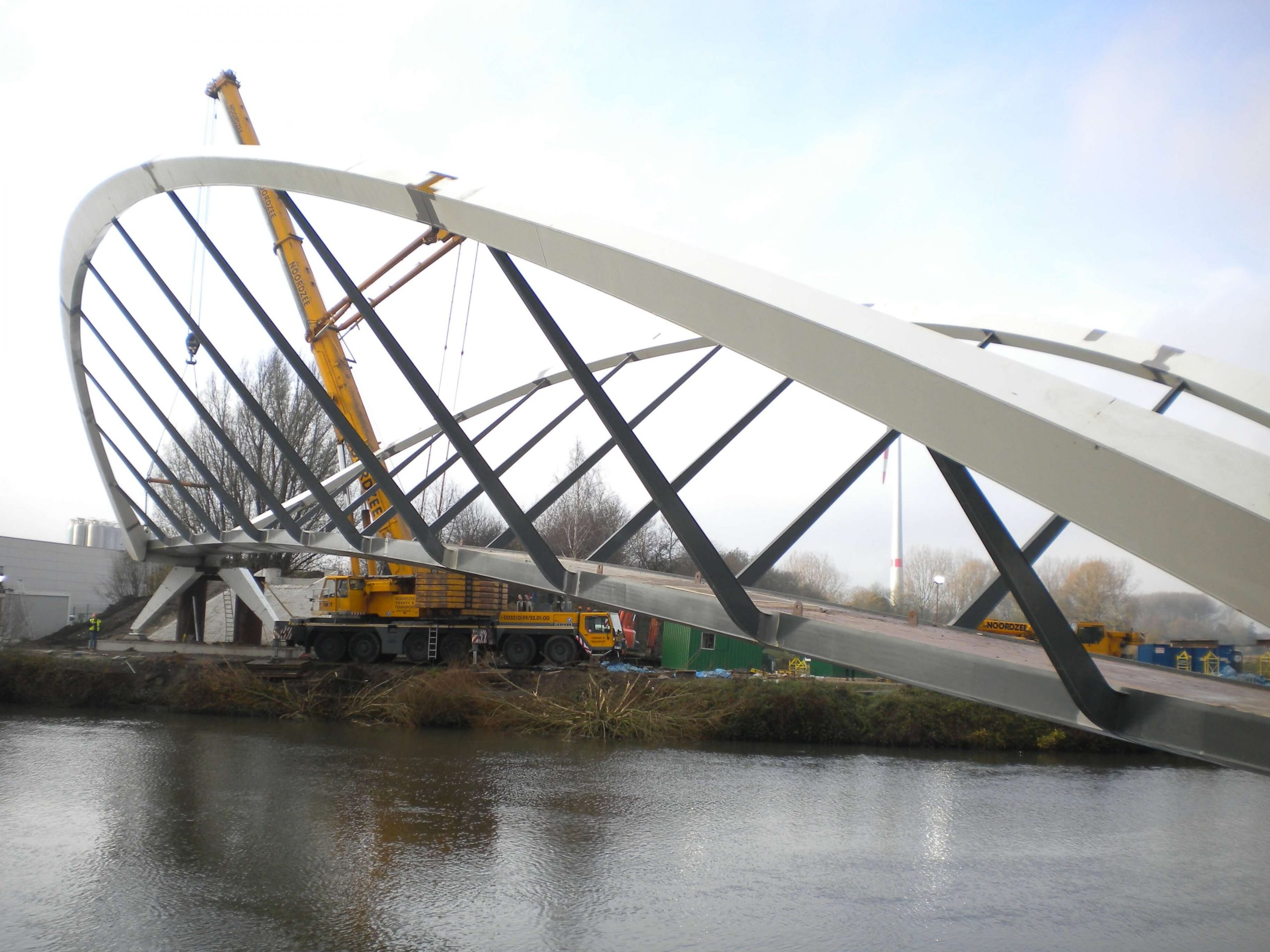 فولاد کم کربن و سازه های پل