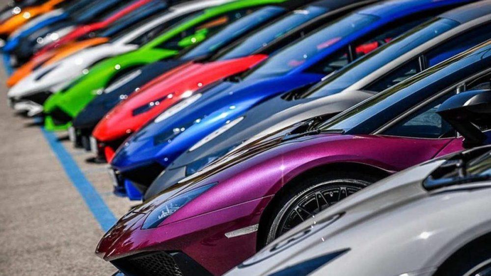 تولید خودرو با رنگ های متنوع