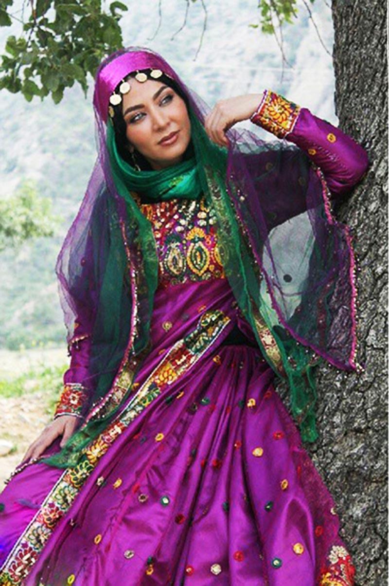 لباس های زیبا و رنگارنگ محلی شیراز
